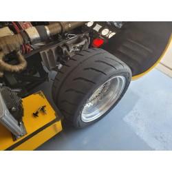 Mclaren M8 CanAm pneus TOYO R888
