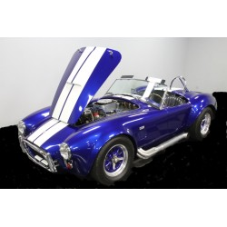 réplique cobra bleu moteur Ford V8 7 litres