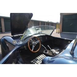 intérieur cuir noir cobra contemporary classic V8 Ford à vendre