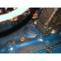 passage huile et boulons latéral V8 Ford 427 side oiler